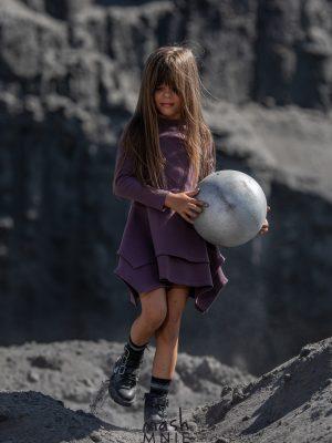 mashmnie sukienka z dzianiny prążkowej fioletowa zaazuu